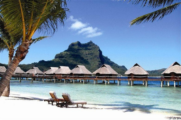 Bora Bora, French Polynesia. Picture found on Flickr.